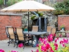 arbors-valencia-courtyard