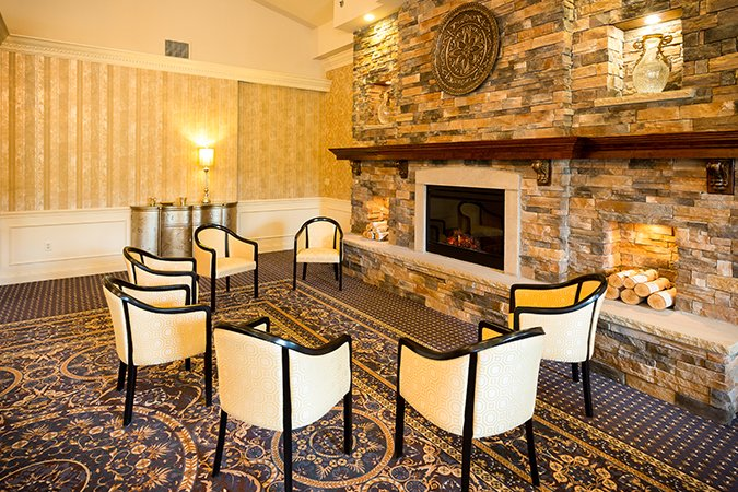 Assisted Living common room at the Arbors