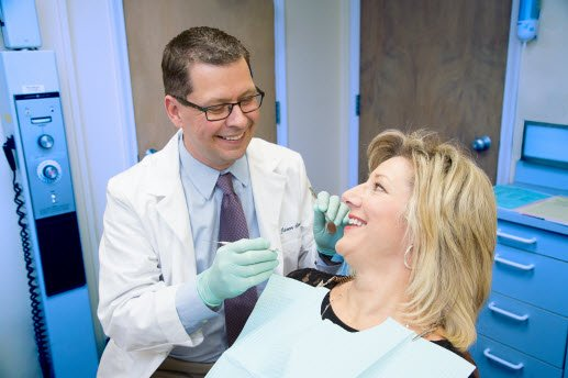 girl-at-dentist