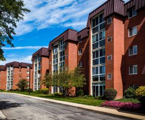 Apartment building, senior living