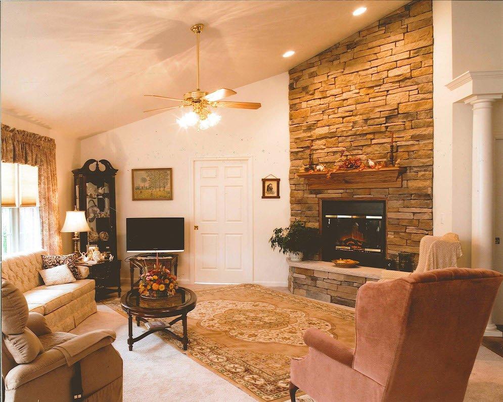 Woodlands - Living Room
